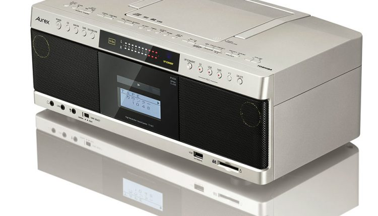 Toshiba-High-Reso-CD-Radio-Cassette_03