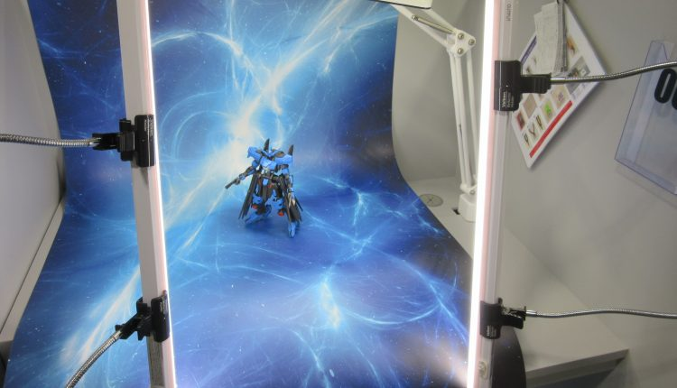 有料レンタルルームのエディオンビルドベースではプラモデルの製作から撮影までが可能