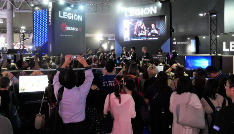 レノボ・ジャパンのゲーミングPCブランド「LEGION」ブースでは、ちょうど2.5次元俳優によるeスポーツチーム「AGP」結成イベントが行われていた。漫画やアニメを原作とする舞台などで活躍する俳優の中で、ゲーム好きが集まってチームを作ったという