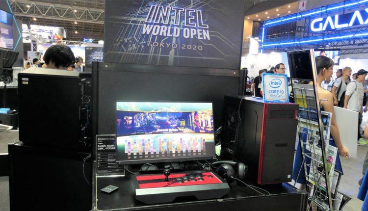 インテルブースに展示されていた、CPUに8コア16スレッドの第9世代Intel Core i9-9900K、グラフィックスにnVIDIAのGeForce RTX 2080 8GB GDDR6を搭載した、ユニットコムの「LEVEL-R039-LCi9K-VOA」。写真のゲームは「ストリートファイターV」で、ジョイスティックを接続している