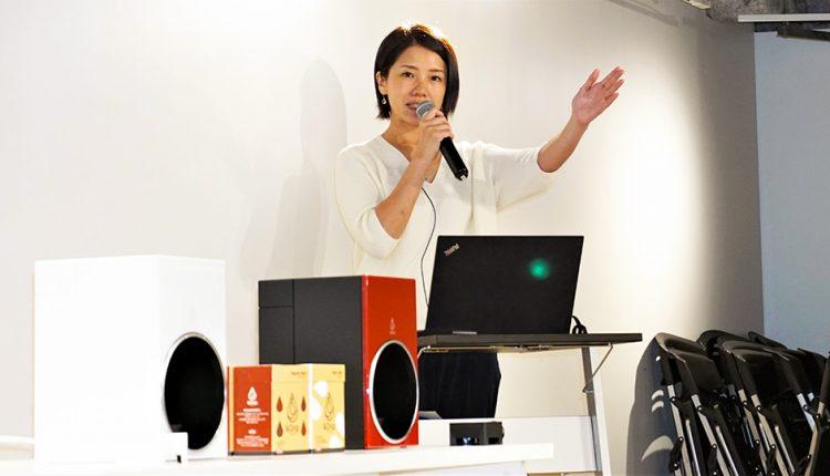 Coca-Cola-Japan-challenges-the-coffee-maker-market_01