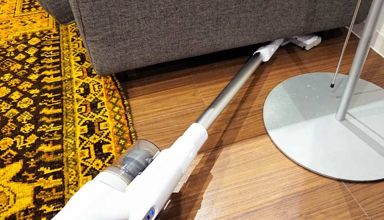 Panasonic's-new-cordless-stick-cleaner_10
