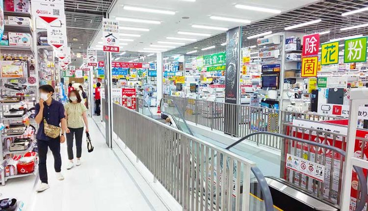 June-sales-at-home-electronics-mass-retailers_03