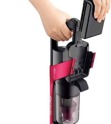 Sharp-launches-a-cordless-stick-cleaner_06