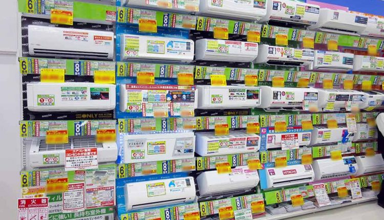 January-sales-at-electronics-retail-stores_02
